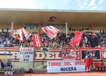 Tifosi Turris al Liguori ph Turris Calcio