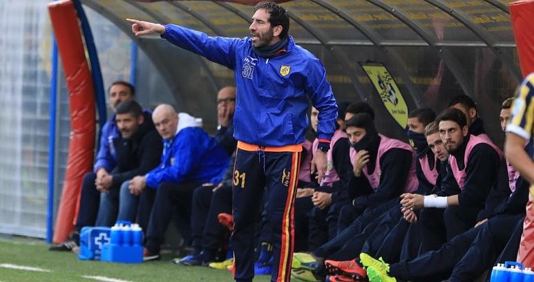 Fabio Caserta all. Juve Stabia ph Antonio Gargiulo S.S. Juve Stabia