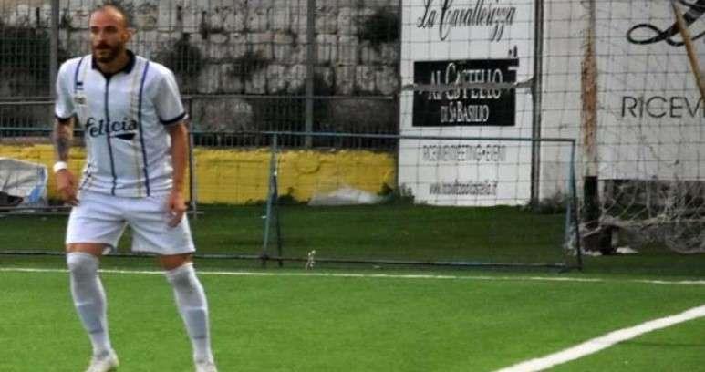 Ph Gravina FCB, Santoro