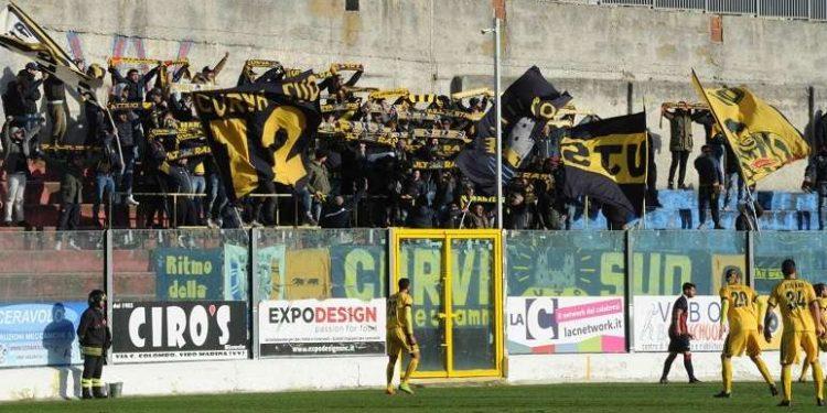 Tifosi Juve Stabia in trasferta ph Francesco Mazzitello
