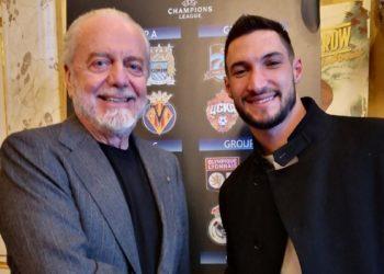Ph Official Twitter Aurelio De Laurentiis, firma Politano