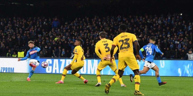 Ph SSC Napoli, gol Mertens vs Barcellona