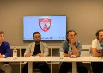 Team Altamura 2020 2021, mister De Candia e dt Squicciarini