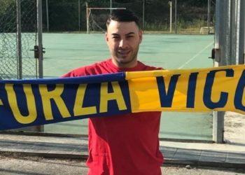 Mario Schiavone, Vico Calcio