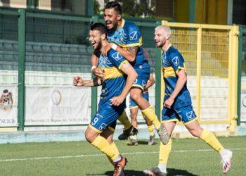 ph G. Amore - Napoli United, esultanza